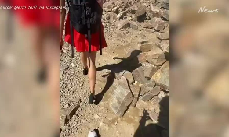Đi giày cao gót để chứng minh leo núi không khó
