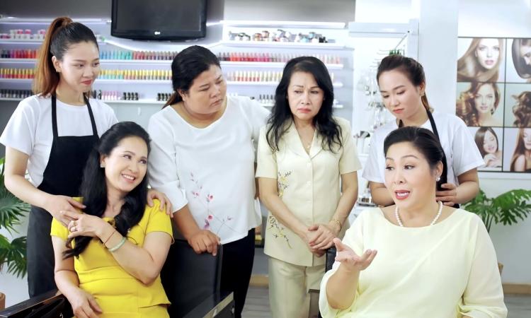 Bí quyết ngăn rụng tóc của Hồng Vân, Lan Hương
