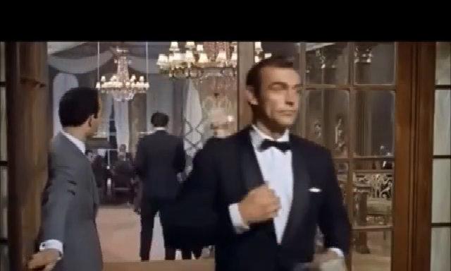 Sean Connery trong một cảnh phim 'Dr. No'
