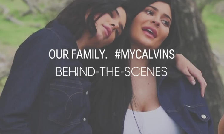 Hậu trường chụp hình cho Calvin Klein của Kim Kardashian