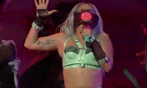 Lady Gaga biểu diễn ở VMAs 2020