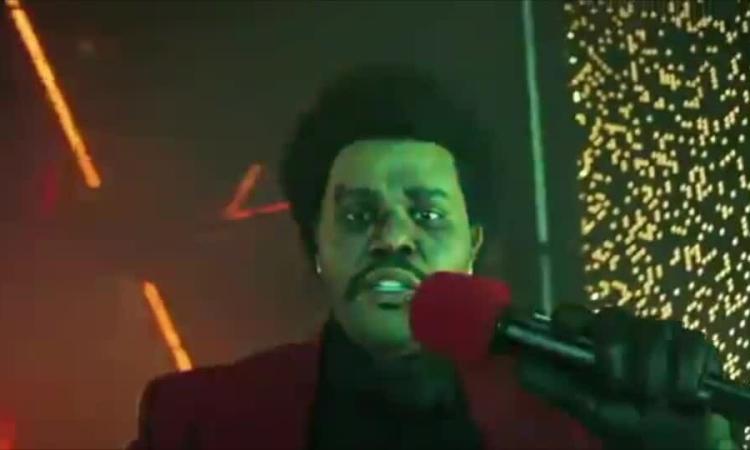 The Weeknd hát ở VMAs