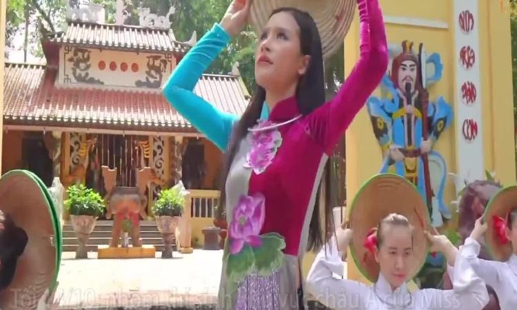 Thí sinh Hoa hậu Trái đất thi tài năng