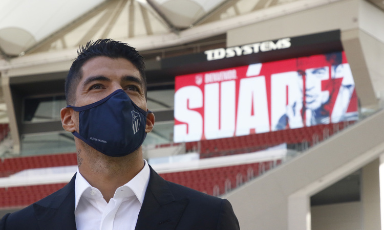 Suarez ra mắt ở Atletico Madrid