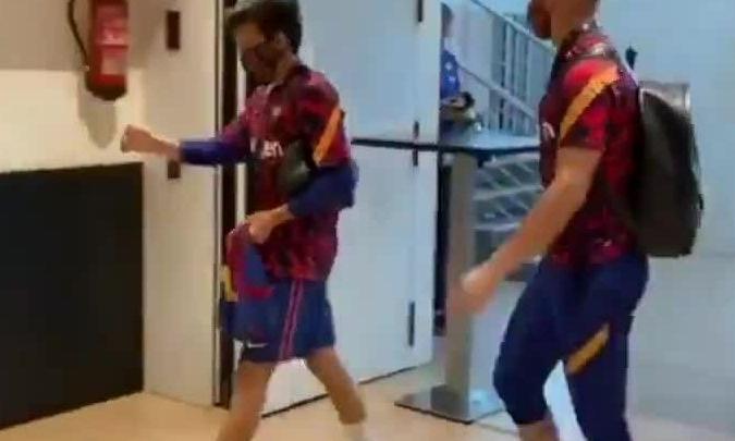 Cầu thủ Barca đến Camp Nou cho trận El Clasico