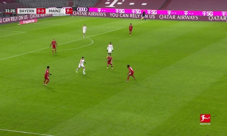 Bayern thắng ngược nhờ năm bàn trong hiệp hai - VnExpress Thể thao