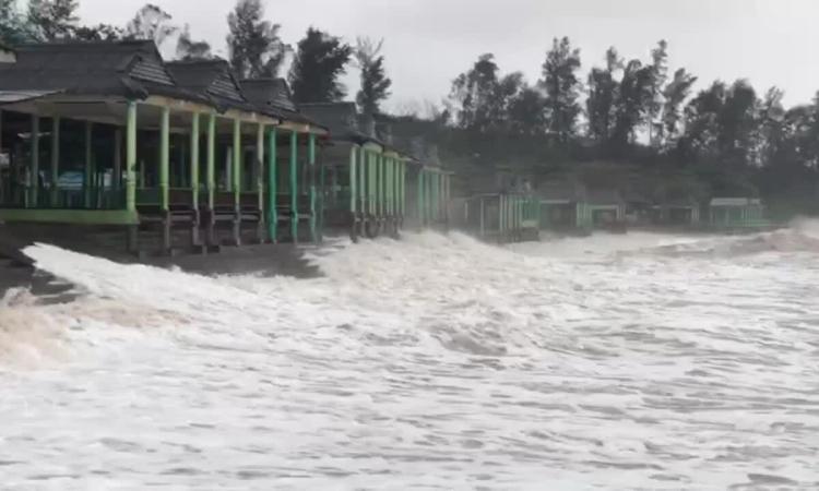Video sóng biển Quảng Trị