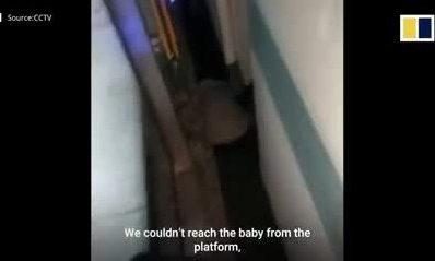 Cứu bé hai tháng tuổi dưới gầm tàu
